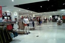 Shopping in Zhengzhou: The 4 Most Popular Malls